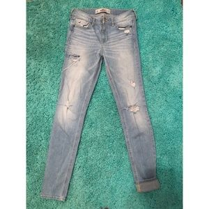 Light washed Hollister high waisted, skinny jeans.